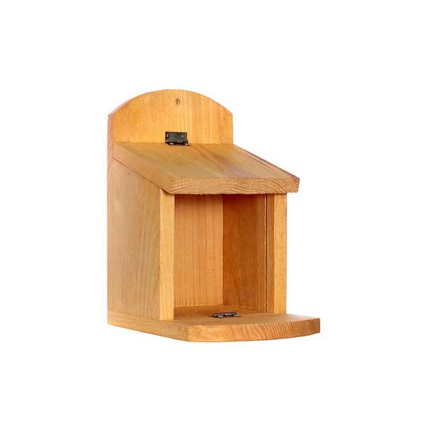 futterhaus eichh rnchen hochwertige naturbelassene vogelh uschen. Black Bedroom Furniture Sets. Home Design Ideas