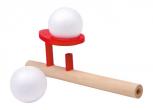 Schwebender Ball